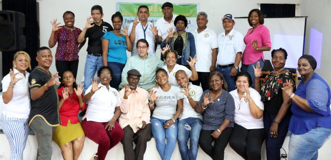 Colón. Continúan los foros por la transformación de la educación