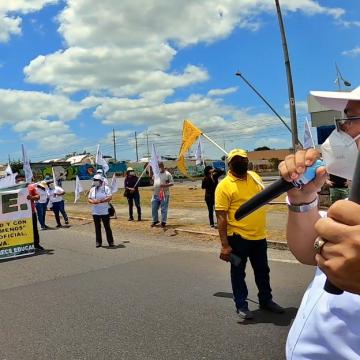 Protesta gremial por una educación con calidad y medidas de bioseguridad [Video]