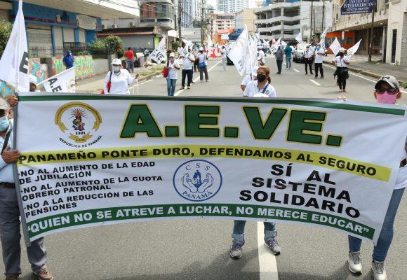 1 de mayo. Viva los Trabajadores de la Educación [Video / Fotos]