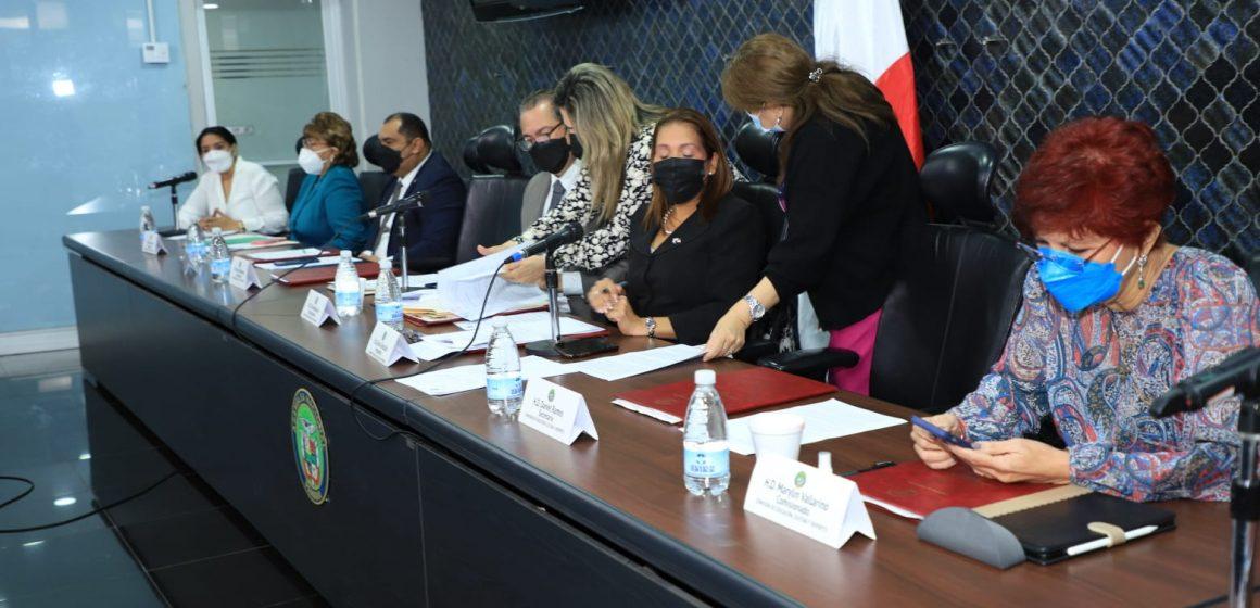 Prohíjan proyecto de ley de no violencia contra educadores